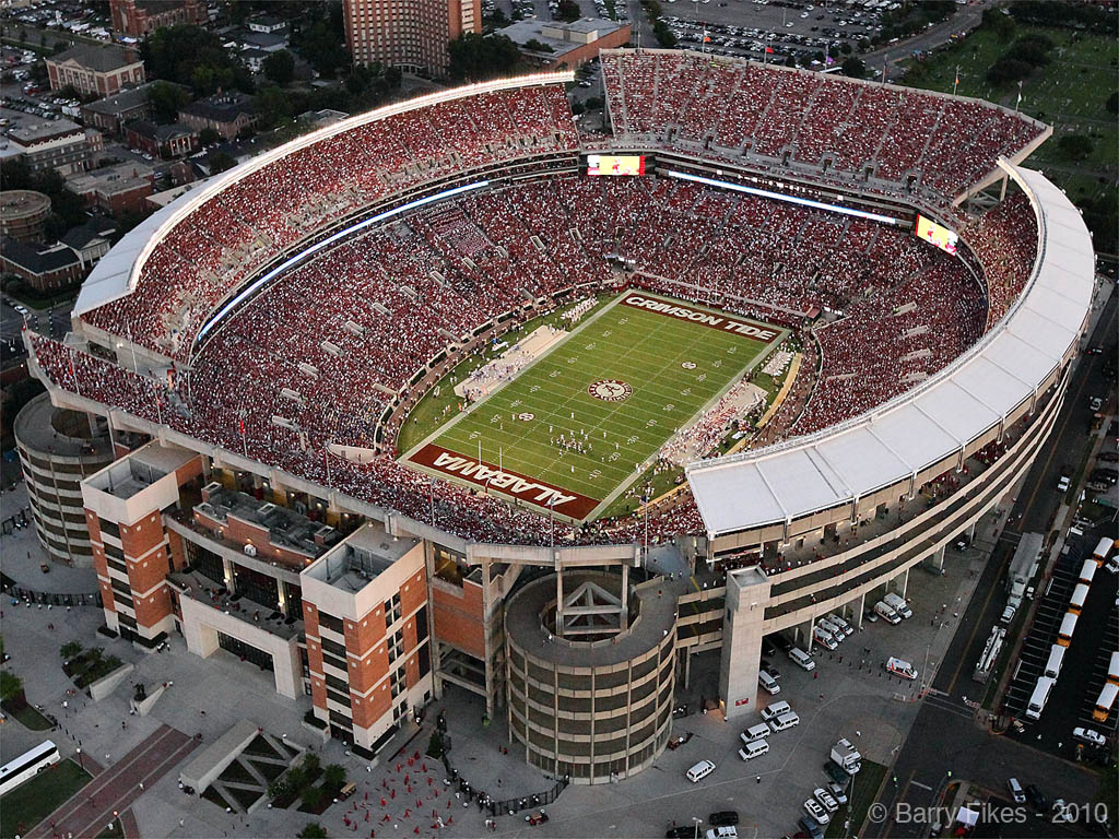 verdens største fodboldbane